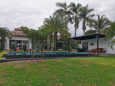 Phoenix Golf Villa