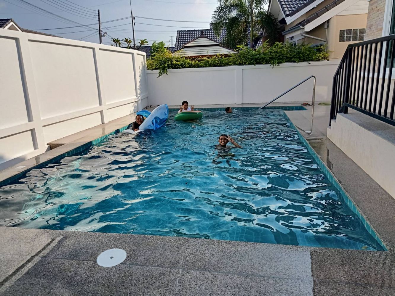 Muntra Garden Home Swimming pool